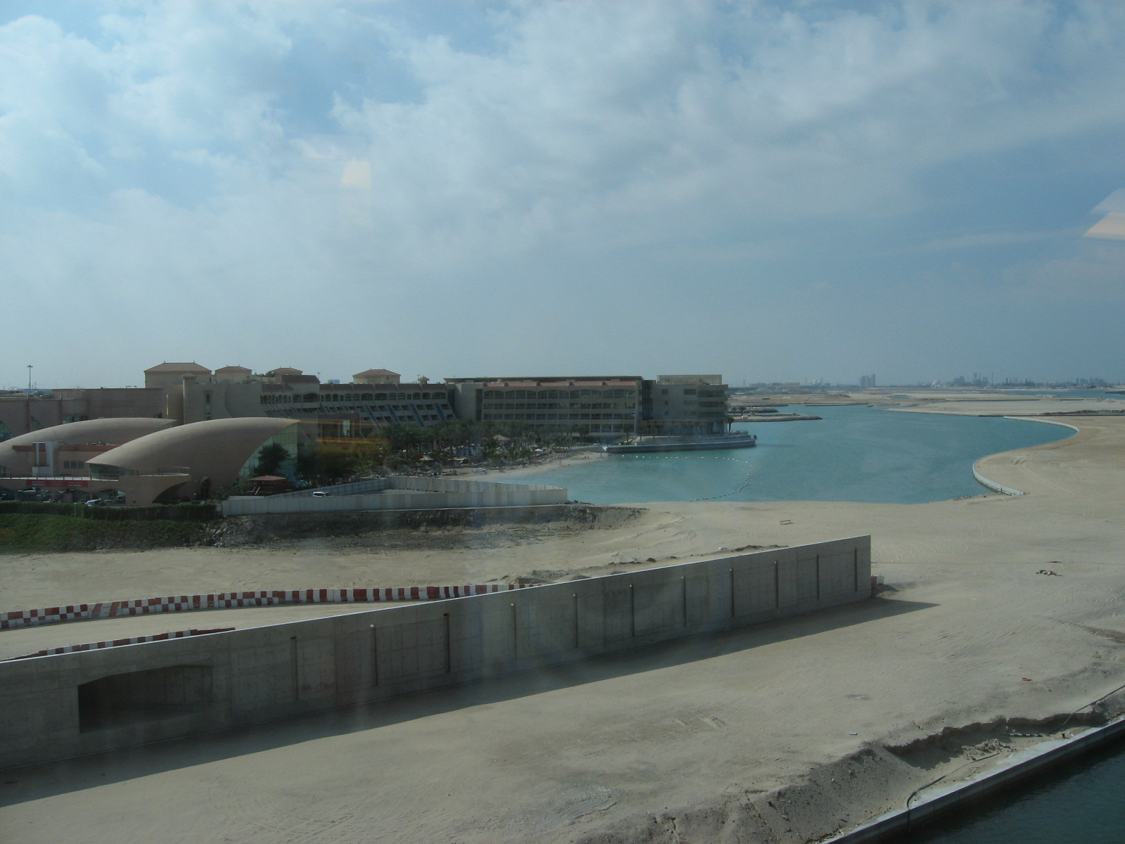 Abu Dhabi - Der Blick aus meinem neuen temporären Büro